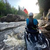 L'équipement @hiko.cz est déjà soumis aux tests de navigation! Stylé, performant, confortable et résistant nous viennent rapidement à l'esprit!   All the Hiko gear goes through our @kayakdetail paddling test! Since then, style, performance, comfort and durability come to mind!   #inwaterwelive #hiko #kayakdetail #whitewater @mr_bosquet @wakakayaks
